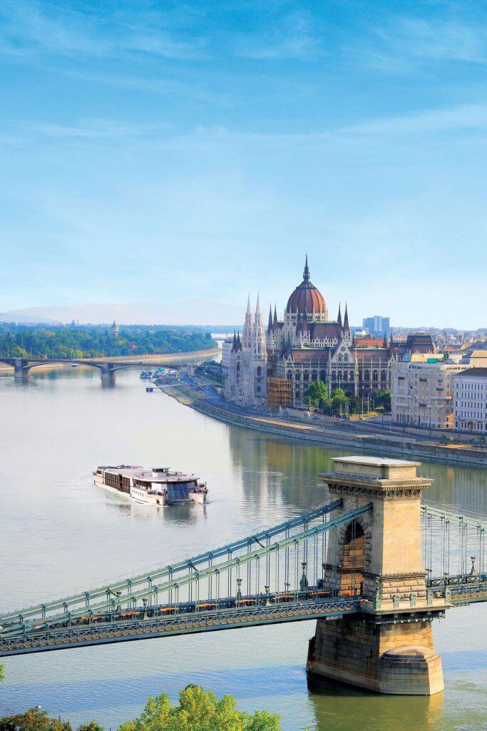 MS Primadonna i Budapest, Ungarn