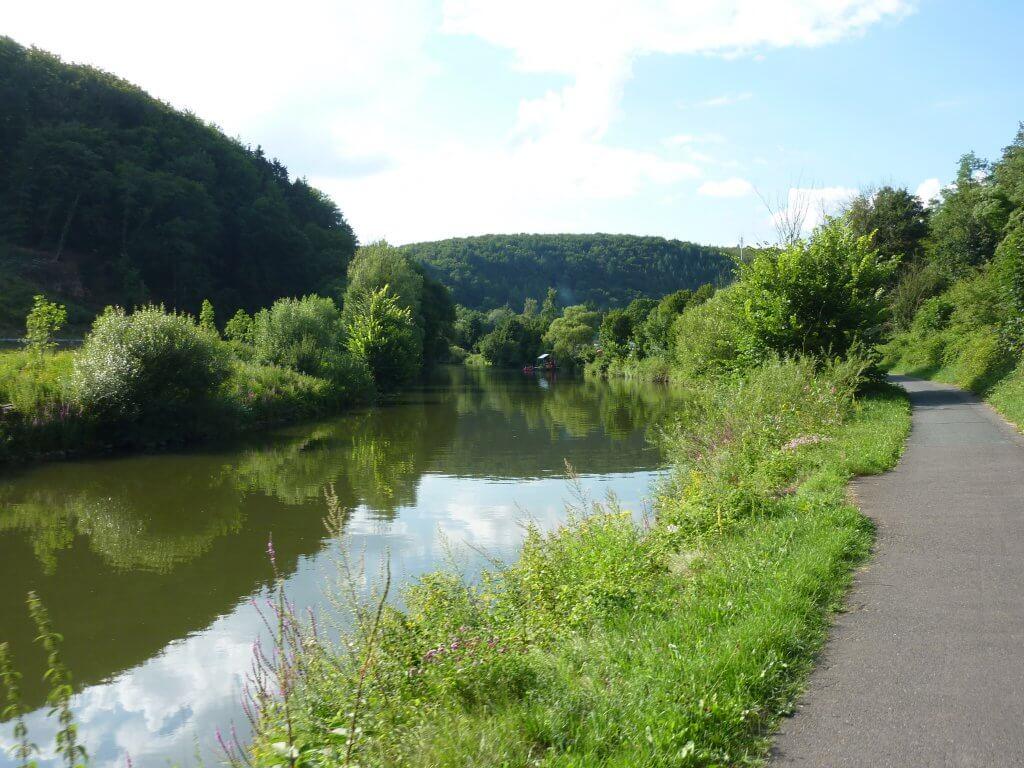 Stille landskaber ved Lahn floden